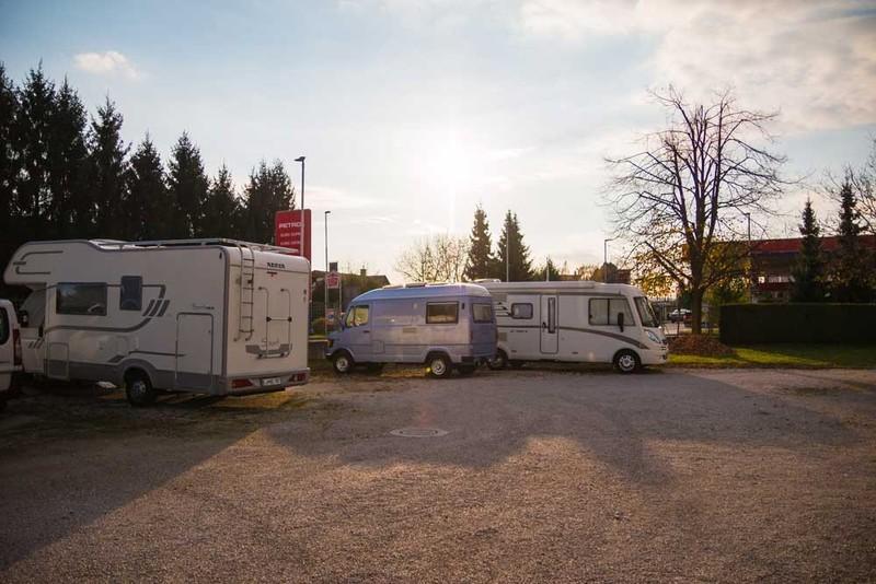 Parkirišče za avtodome pri Avtopralnici Glavan