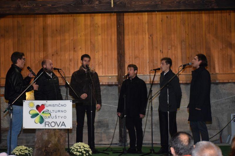 Turistično kulturno društvo Rova