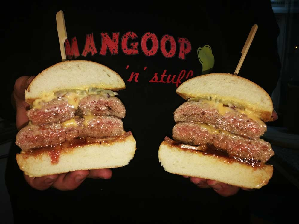 MANGOOP burgers n stuff