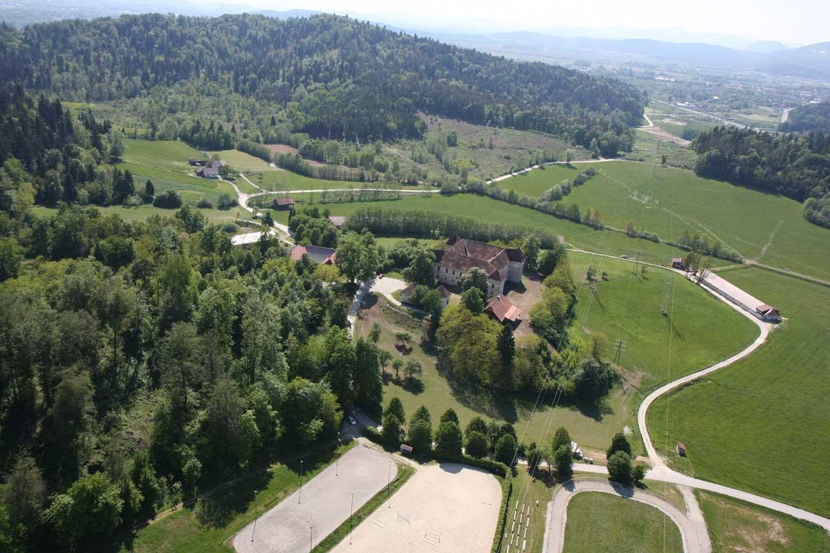 Spominski park revolucionarnih tradicij občine Domžale